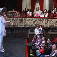 Cantando con Adriana